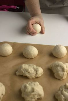 Cooking Bread, Fun Cooking, Sandwiches, Thermomix Bread, Macaroon Recipes, Bread Cake, Artisan Bread, Macaroons, High Tea