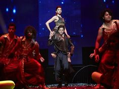 SRK and Deepika on stage at Slam D.C.