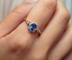 Oval Natural Corn Blue Sapphire Engagement ring 7x5 in 14kt