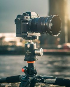 This setup looks sweet Fuji XF Concert Photography, Travel Photography, Dslr Or Mirrorless, Fuji Camera, Camera Gear, Exterior Lighting, Photography Equipment, Cinematography, Sweet