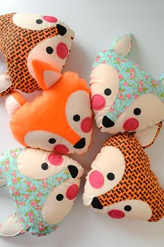 Amazing Home Sewing Crafts Ideas. Incredible Home Sewing Crafts Ideas. Cute Pillows, Baby Pillows, Kids Pillows, Throw Pillows, Felt Crafts, Diy And Crafts, Crafts For Kids, Sewing Toys, Sewing Crafts