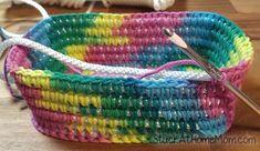 How to Crochet a Basket - Rectangle Bottom