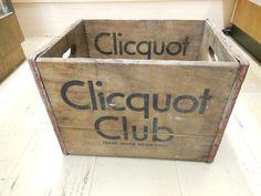 "1x 17"" x 12"" x 12 1/2 "". vintage CLICQUOT CLUB wood crate/box"