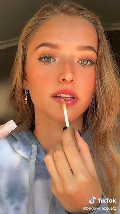 Natural Makeup Looks, Simple Makeup Looks, Makeup Eye Looks, Creative Makeup Looks, Cute Makeup, Natural Makeup For Brown Eyes, Natural Make Up, Makeup Videos, Dewy Makeup