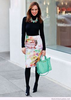 Pencil skirt outfit look