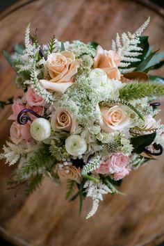 Beautiful l Rustic l Chic l Floral Bouquet l Knot Too Shabby Events l Wilmington, NC l Beautiful Flowers by June l Wrightsville Manor
