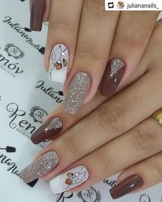 In order to provide some inspirations for nails red colors for your long nails in this winter, we have specially collected more than 80 images of red nails art designs. Long Nail Art, Red Nail Art, Red Nails, Love Nails, Hair And Nails, Fabulous Nails, Gorgeous Nails, Pretty Nails, Ongles Beiges