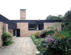 Haus B-Weidlichgasse 15d [Bosch Haus 1968-70]