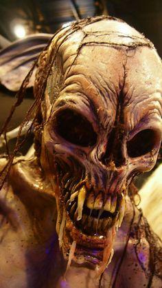 Horror alien.