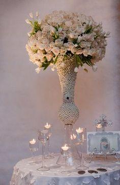 wedding centrepiece pearls