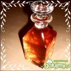 Likier cynamonowy by Noruas Irish Cream, Carafe, Coffee Maker, Beverages, Perfume Bottles, Food And Drink, Health, Liqueurs, Vases