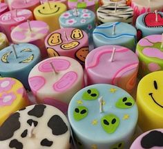 Indie Room Decor, Cute Room Decor, Aesthetic Room Decor, Cute Candles, Best Candles, Diy Candles, Clay Crafts, Diy And Crafts, Pastel Room