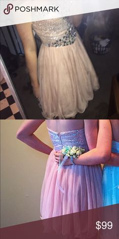 Homecoming short dress  This dress is probably one of he prettiest dresses I've ever seen  it's cream/tan/pinkish color goes great with every skintone and is very comfy to wear! The dress is strapless and has a sweetheart neckline. With only being worn once it is very good condition and hasn't left the bag since. ❤️ David's Bridal Dresses Prom
