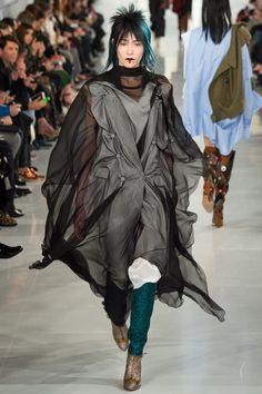 Maison Margiela Spring 2016 Couture Fashion Show  Last minute tribute to Bowie?