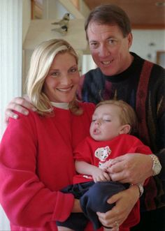 Jim Kelly with wife and son Hunter. God Bless You Hunter RIP Jim Kelly, Mormons, Favorite Pastime, Buffalo Bills, Nfl, Football, Couple Photos, Couples, Sports