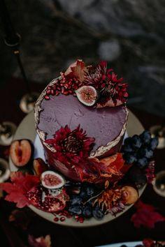 Wedding Cake Prices, Floral Wedding Cakes, Black Wedding Cakes, Fall Cakes, Lake Tahoe Weddings, Wedding Cake Inspiration, Savoury Cake, Pretty Cakes, Fall Harvest