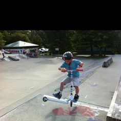 Caleb the 7 year old scooter pro! www.facebook.com/calebnewtonscooter