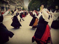 Muñeira - Galicia and Asturias (Spain) traditional dance