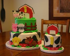 Barnyard cakes (((cricut create a critter i can make this))