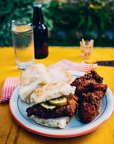 Nashville Hot Chicken | Hot chicken, a local specialty of Nashville, Tennessee, is quickly earning its place as a 2016 food trend.