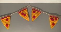 Crocheted pizza garland - Indy Mama Crochet on Etsy