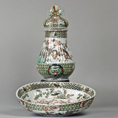 A famille verte porcelain fountain and basin Kangxi period, 1662-1722AD, Chinese export | A&J Speelman Oriental Art | Chinese | Porcelain