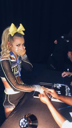 worlds was ok most of my faves won (stingrays so scammed this weekend) ♀️ - madison Cheer Team Pictures, Cheerleading Pictures, Cheer Pics, Volleyball Pictures, Softball Pictures, Cheer Outfits, Cheerleading Outfits, Easy Cheerleading Stunts, Cheerleading Cheers