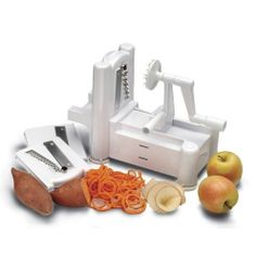 With its three ultra-sharp blades, this Paderno World Cuisine vegetable slicer is the tool you need to chop fruits and vegetables fast for cooking or juice-blending. The one-year warranty will allow you to use this great appliance with peace of mind.