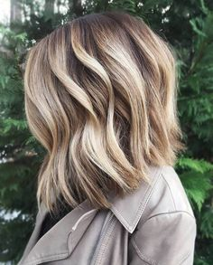 20 Inspiring Blonde Balayage Hair Ideas For 2019 – We have the latest on how to get the haircut, hair color, and hairstyles you want for the season! 20 Inspiring Blonde Balayage Hair Ideas For 2019 20 Inspiring Blonde Balayage Hair Ideas For 2019 Balayage Hair Bob, Balayage Hair Blonde Medium, Balayage Hair Caramel, Brown Hair With Blonde Highlights, Bright Highlights, Ashy Balayage, Bayalage, Balayage Highlights, Ash Blonde