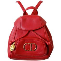 Preowned Christian Dior Lipstick Red Leather Mini Backpack (22.380 UYU) ❤ liked on Polyvore featuring bags, backpacks, red, leather knapsack, mini leather backpack, drawstring backpack, day pack backpack and mini rucksack