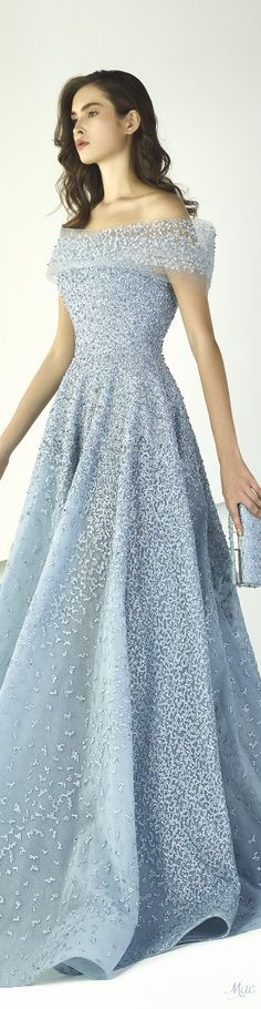 Spring 2018 RTW Tony Ward Non White Wedding Dresses, Evening Dresses, Prom Dresses, Graduation Dresses, Fancy Gowns, African Traditional Dresses, Looks Style, Tony Ward, Beautiful Gowns