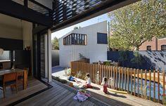 Little Brick Studio / MAKE Architecture #poolfence