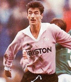 Ian Rush of Juventus in Retro Football, Football Design, Football Kits, Football Soccer, Ian Rush, Toronto Fc, Fc 1, You'll Never Walk Alone, Juventus Fc