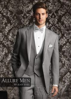 Fashion Style Two Button Light Grey Groom Tuxedos Groomsmen Mens Wedding Suits Formal Dress (Jacket+Pants+Vest+Tie) NO:112