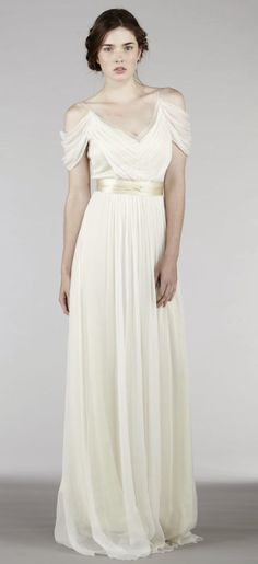 Featured Wedding Dress: Saja Wedding