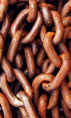 i thought these were sausages lol... Rusty Chains