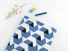 Open Cubes Oxford Cotton Fabric Geometric - Land of Oh Fabrics | Land of Oh Fabrics