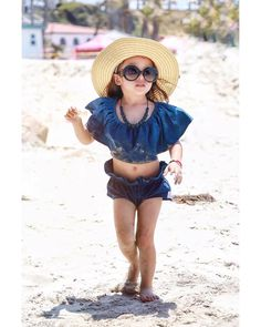 Beach babe 🌞 so gorgeous 💕 @alessandra_lois • ❤Double tap this photo 📌Use #kidsfashionistamodel at your photo for a possible feature 📧Click link in bio for brand promo . . . . #love #instagood #photooftheday #me #cute #igers #childrenphoto #instadaily #beautiful #bestoftheday #follow #nofilter #happy #fashion #sun #style #stylish #beautiful #instagood #pretty #swag #pink #eyes #design #model #outfit #influencer #shopping #flowercrown
