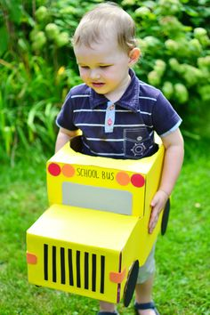 Keep kids busy for hours with this big box activity: make a school bus from cardboard boxes.