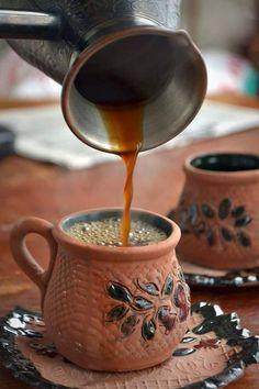 Coffee And Books, Coffee Set, Black Coffee, Coffee Break, Best Coffee, Coffee Time, Coffee Cups, Chocolate Cafe, Chocolate Cobbler