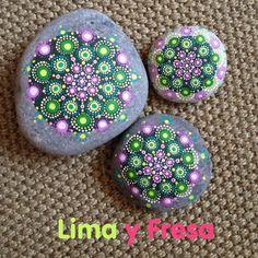 Mmmm... Mandalas en Lima y Fresa!!! Diseños originales procedentes de http://www.elspethmclean.com/