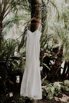 Inspired By This Tropical Boho Wedding in La Jolla California Parisian Wedding Dress, Boho Wedding, Dream Wedding, Wedding Day, La Jolla California, Sparkling Lights, Destination Wedding Inspiration, Amazing Sunsets, Best Day Ever
