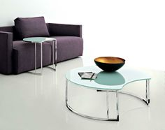 Compar Round Glass Sofa Coffee Table Chrome Base in Black or White - See more at: https://www.trendy-products.co.uk/product.php/4956/compar-round-glass-sofa-coffee-table-chrome-base-in-black-or-white#sthash.jx9JdHjA.dpuf