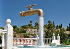 The Magic Tap Fountain of Aqualand