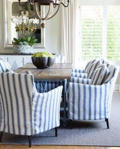 Monday vibes [ STRIPES ] #diningroom #diningroomdecor #stripechairs #covers #interiorstyling #orchids #pendantlight #shutters #beautifulhomes #love #pinterest