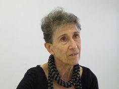 """Ecofeminismo, decrecimiento y alternativas al desarrollo: """"El poder mágico del consumismo sólo se puede desa..."""