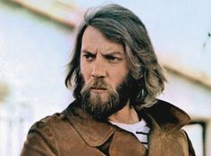 Donald Sutherland's Face/Hair Appreciation Post. Donald Sutherland, Kiefer Sutherland, Old Movie Stars, Classic Movie Stars, Black Celebrities, Famous Celebrities, Divas, Famous Musicians, All In The Family