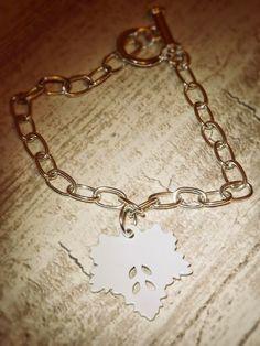 Frost Charm Bracelet: http://peabodyandthrift.blogspot.co.uk/2014/12/frost-charm-bracelet.html