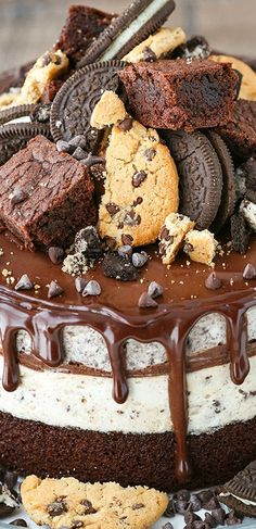 Oreo Brookie Ice Cream Cake ~ Made with a Layer of Brownie on the Bottom, Chocolate Chip Cookie Ice Cream, Chocolate Ganache and Oreo Ice Cream. It's Totally Awesome!
