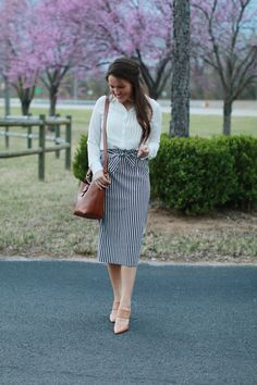 Classic Spring Outfit Featuring Stripes + Leather - She's Intentional - - Modest Fashion Feature by Courtney Toliver on She's Intentional Source by ceciliamaryb Modest Dresses, Modest Outfits, Modest Fashion, Cute Outfits, Fashion Outfits, Apostolic Fashion, Fashion News, Jw Fashion, Apostolic Clothing